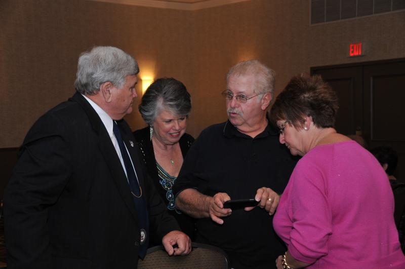 BANQUET - LARRY + PAM ROBBINS, TOM + DONNA SCHOENING